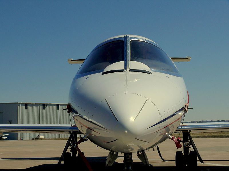 Picture-of-Learjet 25-Aircraft gallery