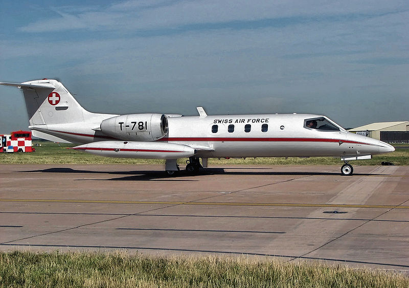 Picture-of-Learjet 35-Aircraft gallery