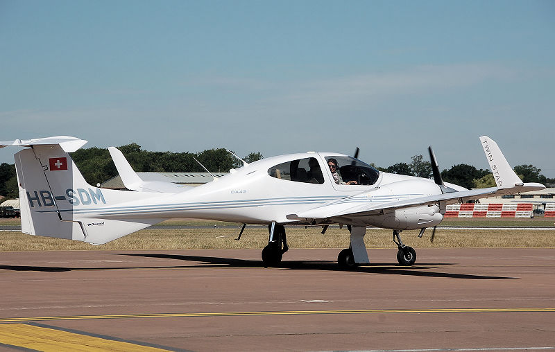 Picture-of-DA42 Twin Star-Aircraft gallery