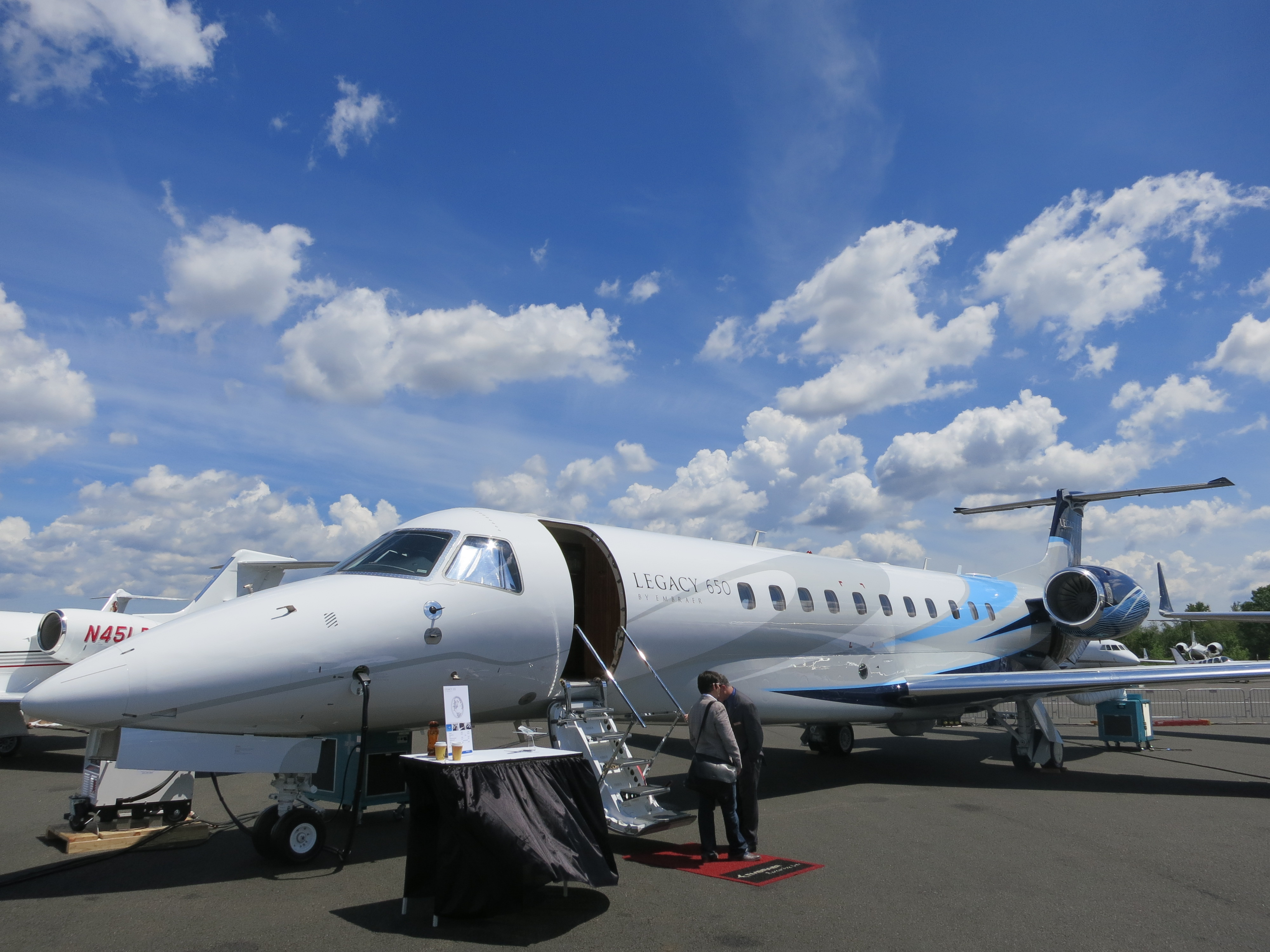 Picture-of-Legacy 650-Aircraft gallery