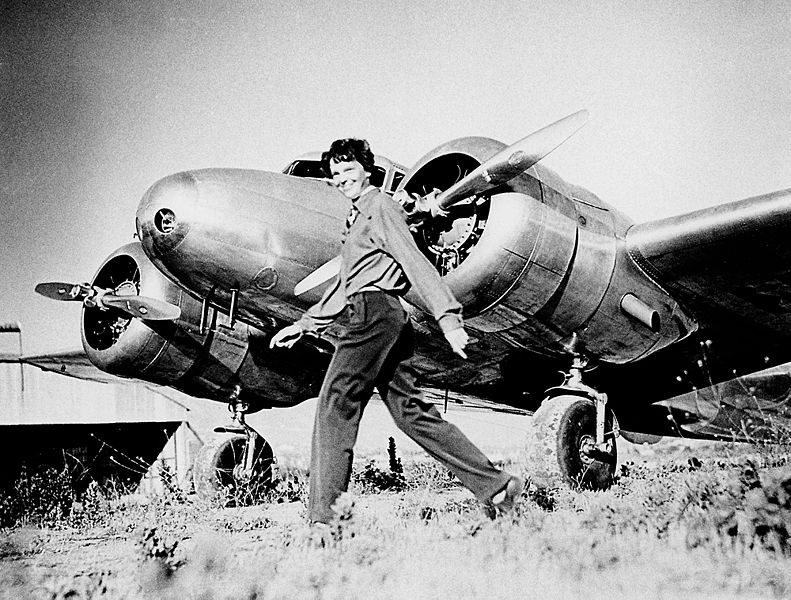 Picture-of-http://www.jetrequest.com/2JRAircraftPictures/Aircraft%20Pictures/Flying_Laboratory_Lockheed_Model_10E_Electra_and_Amelia_Earhart.jpeg-Aircraft gallery