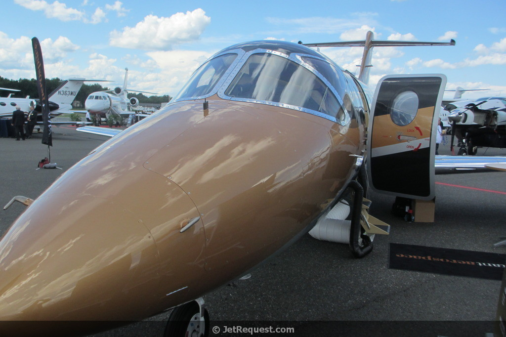 Picture-of-http://www.jetrequest.com/2JRAircraftPictures/Aircraft%20Pictures/Nextant_400XT_exterior.jpg					-Aircraft gallery