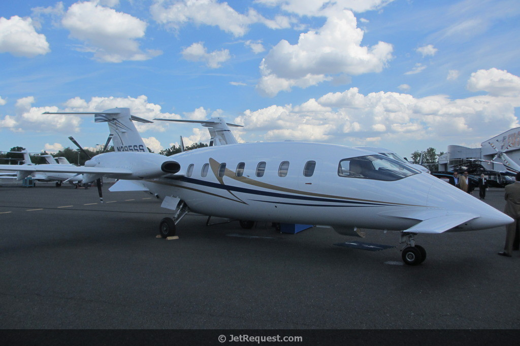 Picture-of-http://www.jetrequest.com/2JRAircraftPictures/Aircraft%20Pictures/Piaggio_Avanti_exterior.jpg					-Aircraft gallery