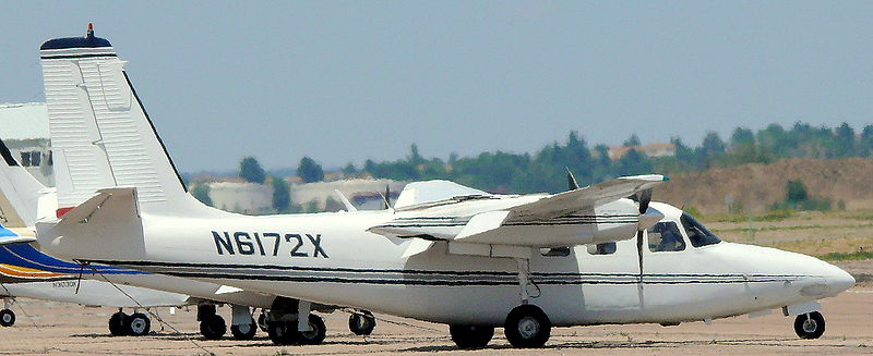 Picture-of-http://www.jetrequest.com/2JRAircraftPictures/Aircraft%20Pictures/Rockwell_Aero_Commander_500-B_Exterior.JPG-Aircraft gallery