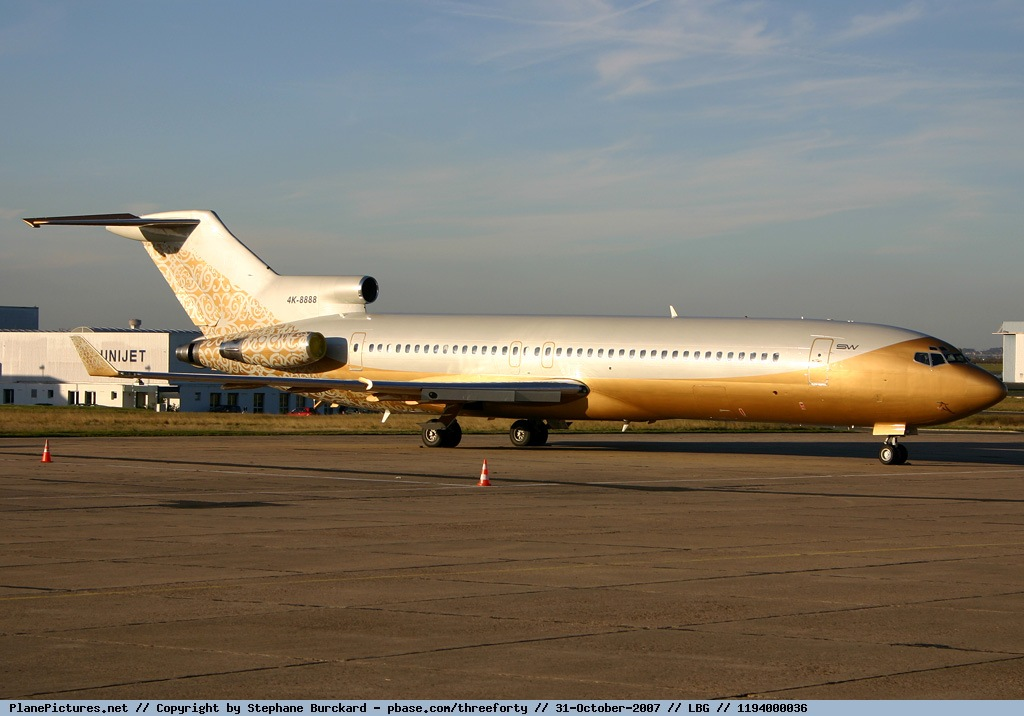 Picture-of-Boeing 727-251 VIP-Aircraft gallery