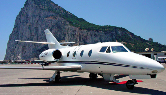 Picture-of-Falcon 100-Aircraft gallery