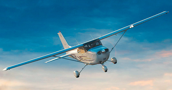 Picture-of-Cessna 172K Skyhawk-Aircraft gallery