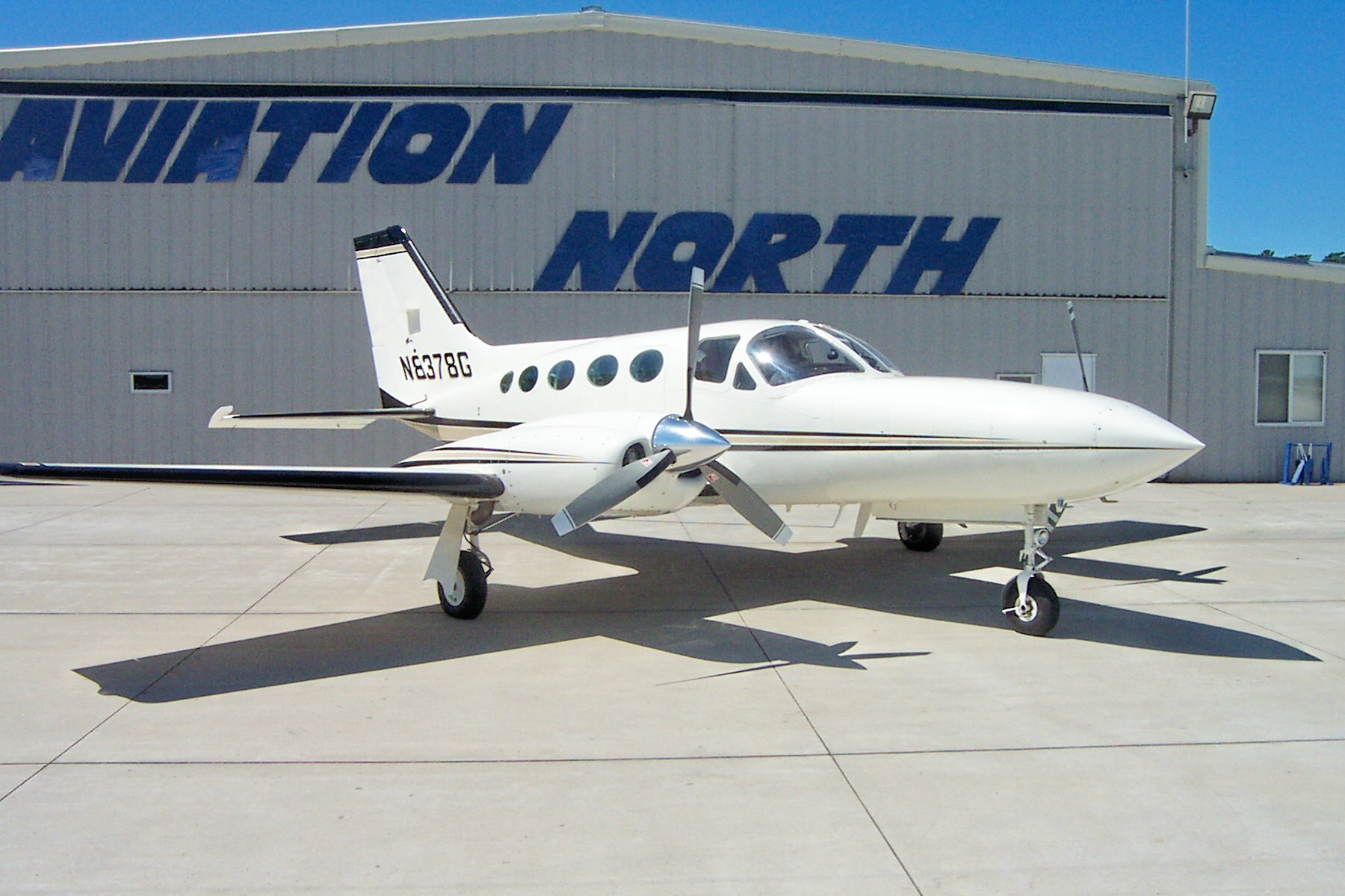 Picture-of-Cessna 421 Golden Eagle-Aircraft gallery
