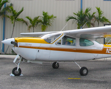 Picture-of-Cessna 177RG Cardinal RG-Aircraft gallery