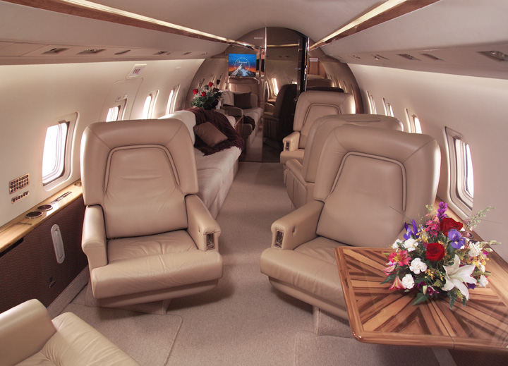 Picture-of-Challenger 601-3A-Aircraft gallery
