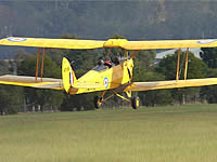 Picture-of-Tiger Moth-Aircraft gallery