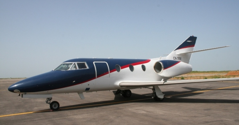 Picture-of-Falcon 10-Aircraft gallery