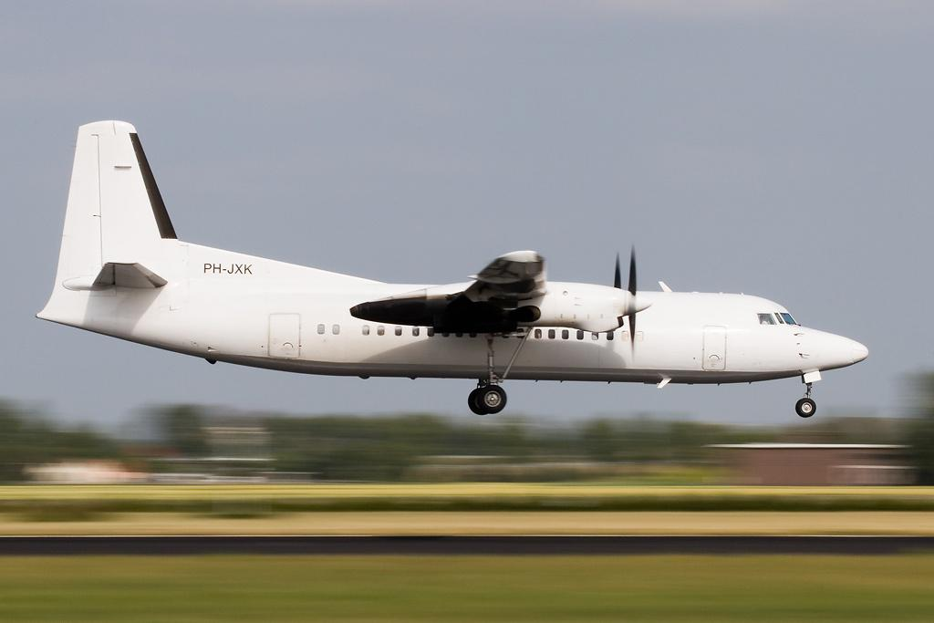 Picture-of-Fokker 50-Aircraft gallery