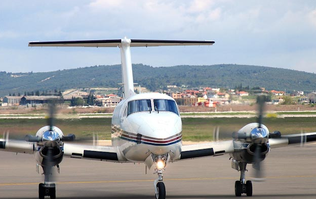 Picture-of-Super King Air B200-Aircraft gallery