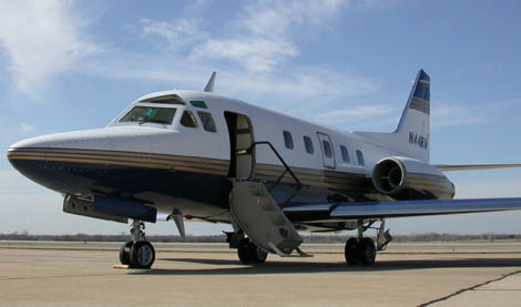 Picture-of-http://www.jetrequest.com/2JRAircraftPictures/Aircraft%20Pictures/Tail%20Numbers/32608_n448w_rockwell-international-sabreliner_1.jpg-Aircraft gallery