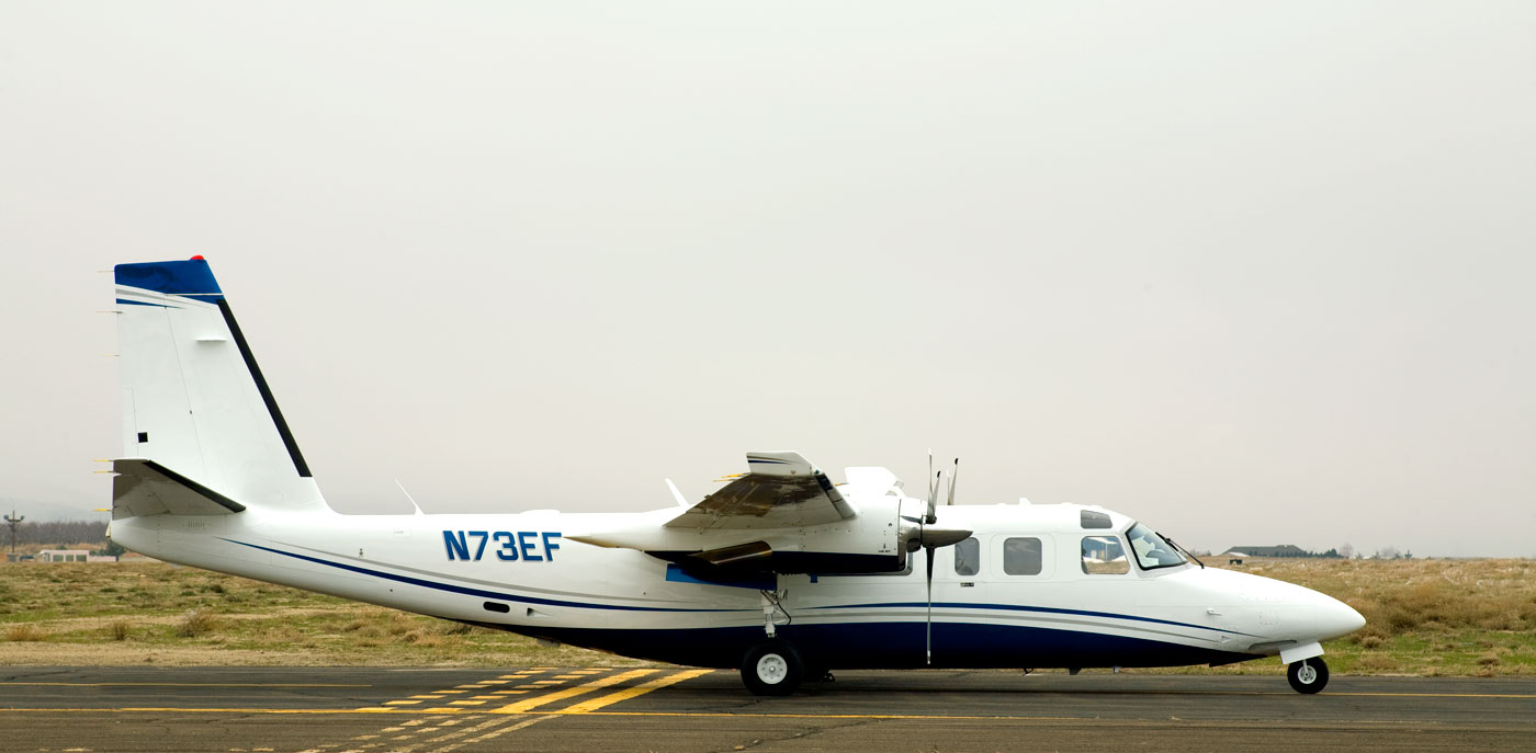Picture-of-Turbo Commander 690C Jetprop-Aircraft gallery