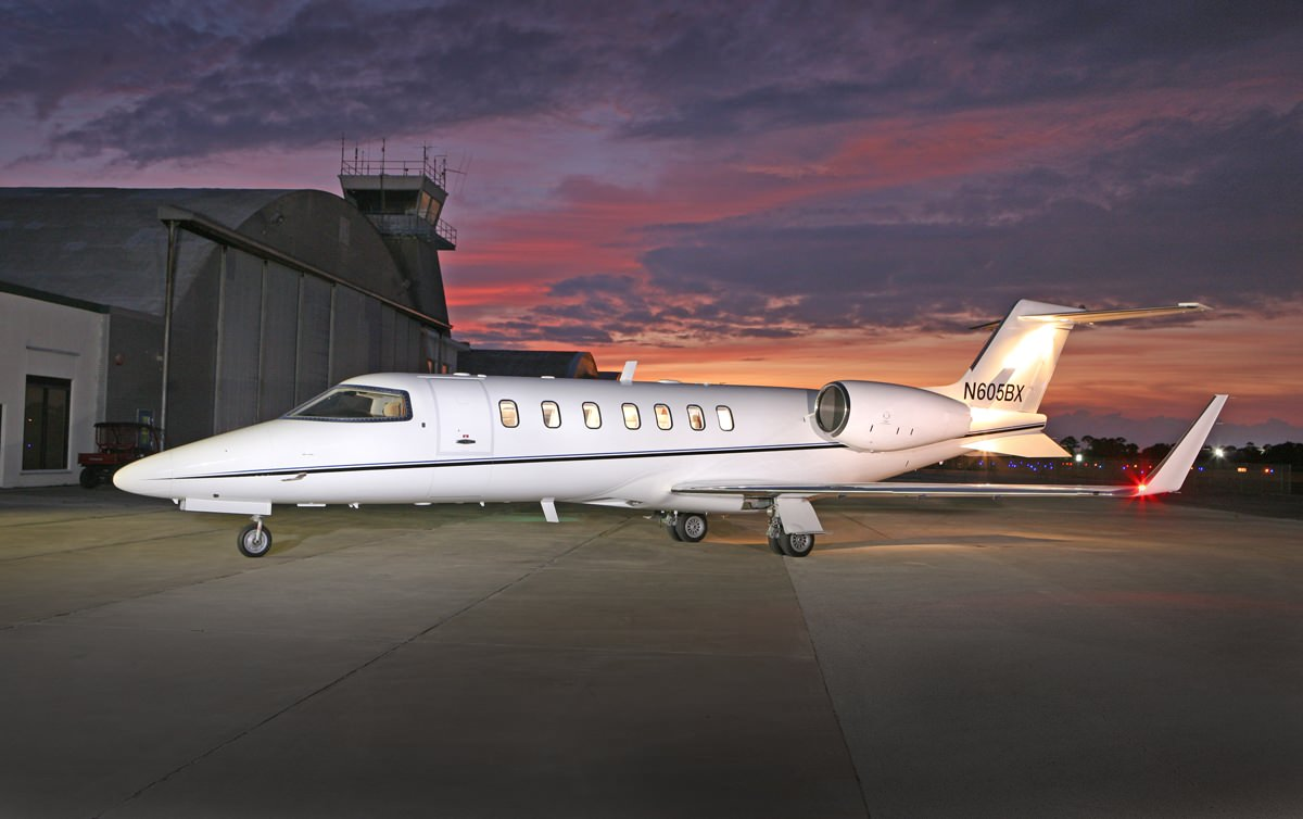 Picture-of-Learjet 40-Aircraft gallery